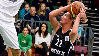22. Courtney Vandersloot (Besiktas JK)